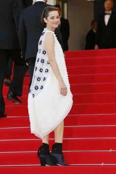 "Festiwal Filmowy w Cannes 2014: Marion Cotillard w suknience Christian Dior Couture na premierze filmu""Two Days, One Night"", 20.05.2014,fot. East News"
