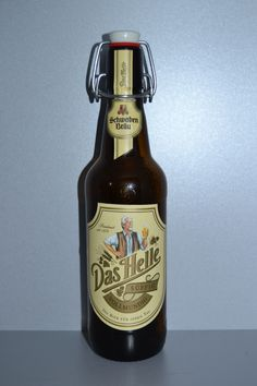 """""""Das Helle"""": Cerveza de Stuttgart (Alemania) / """"Das Helle"""": Beer from Stuttgart (Germany)"""