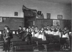 Learning finger songs at Carlisle Indian School, ca. 1900. Frances Benjamin Johnston photo Courtesy Cumberland County Historical Society May not be used without permission.