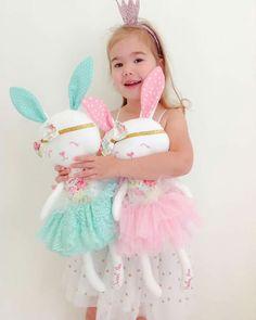 You Will Enjoy fabric crafts By Using These Tips Fabric Toys, Fabric Crafts, Baby Toys, Kids Toys, Sewing Dolls, Felt Toys, Soft Dolls, Diy Doll, Plush Dolls
