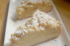 Apple crumble cake with pudding- Apfel – Streuselkuchen mit Pudding Apple Crumble Cake with Pudding (Recipe with Image) Tart Recipes, Fruit Recipes, Sweet Recipes, Baking Recipes, Dessert Recipes, Pudding Desserts, Pudding Cake, Pudding Recipes, No Bake Desserts