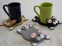 diy felt mug rug ile ilgili görsel sonucu Fabric Crafts, Sewing Crafts, Sewing Projects, Craft Projects, Projects To Try, Cat Crafts, Diy And Crafts, Arts And Crafts, Creation Couture