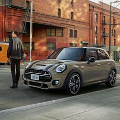 The MINI Hatch has all the hallmarks of a classic MINI – from legendary design to iconic go-kart handling – with space to fit more in. Mini Cooper Paceman, Mini Clubman, Mini Coopers, Cooper Countryman, Classic Mini, Mini Cooper Classic, Go Kart, Mini Dealership, New Mini Cooper