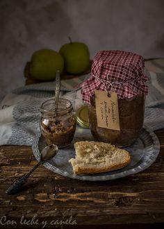 Con leche &  Canela: Mermelada de manzana, nueces y canela (panificador...
