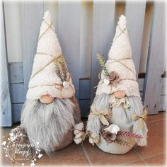 Christmas Gnome, Christmas Deco, Christmas Projects, Holiday Crafts, Dollar Tree Crafts, Craft Night, Christmas Inspiration, Xmas Decorations, Diy Art