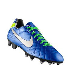 cheap for discount 3bdbd 58f40 Football Cleats, Football Shoes, Nike Cleats, Cute Shoes, Athletes, Balls,