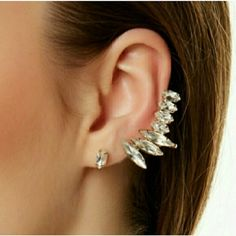 Crystal Cuff earing Crystal studs and winged earings, absolutly beautiful! comes with a single stud followed by 7 crystals that come up all the way up around your ear. Super cute! Only meant for one ear   !!Last 2 pictures just inspiration !! T&J Designs Jewelry Earrings