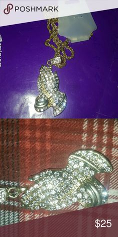 ICED OUT Praying hands pendant w/ rope chain ICED OUT W LAB DIAMONDS Gold rope chain Brand new never worn GLD Supply Accessories Jewelry