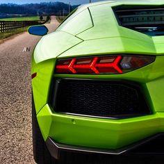 Open Road - Lamborghini Aventador