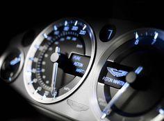 Aston Martin V8 Vantage S