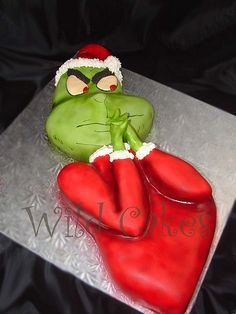 Grinch #Cake #Seuss #Party #Christmas #Santa #recipes