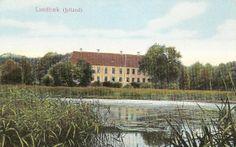 Lundbæk gods  3 km sydvest for Nibe