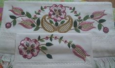 Hand Embroidery, Embroidery Designs, Crochet Home, Floral, Paper Art, Bath Linens, Embroidery Stitches, Gems, Stitching