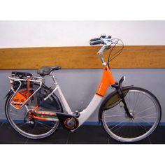 Ook hebben we voor u elektrische demofietsen klaar staan om uit te proberen hoe het fietst. Van tevoren reserveren om een klein stukje mee te fietsen is mogelijk. Wel bent u zelf verantwoordelijk voor het gebruik.
