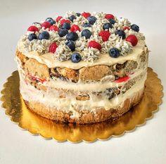 Mákos guba torta amit garantáltan imádni fogsz – Cake by fari Tiramisu Cake, Guam, Cakes And More, Cinnamon Rolls, Fondant, Cheesecake, Food And Drink, Sweets, Ethnic Recipes