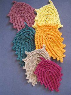 hojas y flores tejidas a crochet - Buscar con Google
