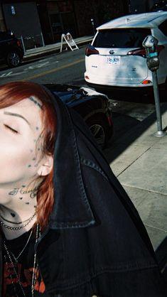 Lil Peep Hellboy, Goth Aesthetic, Tumblr, Batgirl, Hair Styles, Cute, Carpe Diem, Waiting, Bands