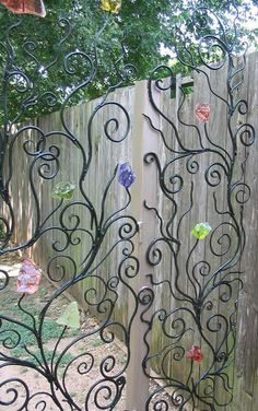 Glass flower gate