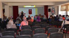 İlçe Müftüsü Osman Sağlam, ahlaki bilgilere sahip, aile olmanın sorumluluğunu taşıyan, bilinçli bireylerle huzurlu ve sağlıklı bir toplum oluşturma vizyonuyla müftülük bünyesinde Aile İrşad ve Rehberlik Bürosu oluşturduklarını söyledi.