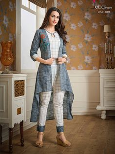Indian Fashion Modern, Indian Fashion Dresses, Indian Designer Outfits, Pakistani Dresses Casual, Pakistani Fashion Casual, Pakistani Dress Design, Stylish Kurtis Design, Stylish Dress Designs, Simple Kurti Designs
