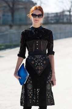 paris fashion week aw 2011... taylor #streetstyle #fashionweek #fashion