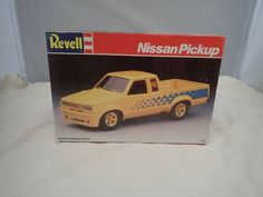 NISSAN PICKUP REVELL 1:25 SCALE SKILL 2 VINTAGE PLASTIC MODEL KIT #7134 #Revell Plastic Model Kits, Plastic Models, Revell Model Kits, Pick Up, Nissan, Scale, Ebay, Vintage, Weighing Scale