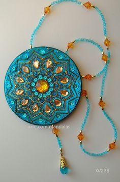 1 million+ Stunning Free Images to Use Anywhere Mandala Painting, Dot Painting, Mandala Art, Old Cd Crafts, Recycled Cds, Cd Art, Felt Art, Fabric Art, Suncatchers