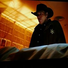 """Said """"to hell with it"""" and started watching #Longmire season 5 on #Netflix instead of writing. Show's off to a great start."""