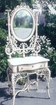 """wicker dressing table with curls and """"birdcaging"""" in cream and gold Sunroom Furniture, Steel Furniture, Wicker Furniture, Antique Furniture, Painted Furniture, Adirondack Furniture, Furniture Ads, Furniture Online, White Furniture"""