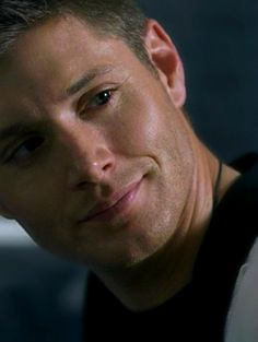 Just... this is when he's smiling--at Nancy... :D 3x12 Jus in Bello