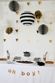 Neutral and metallic baby shower