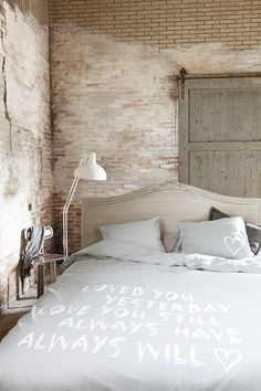 Masculine interior grey home deco / bedroom Dream Bedroom, Home Bedroom, Master Bedroom, Bedroom Decor, Bedrooms, Rustic Furniture, Furniture Sets, Home And Deco, My Dream Home