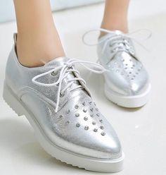 2bd5ec3a57 Fashion Women Shoes Flats Pointed Toe Lace Up Pu Rhinestone Casual Autumn  Oxford Cipő, Divat