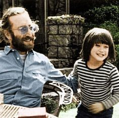 ♥♥John W. O. Lennon♥♥ ♥♥Sean Lennon♥♥ Sean posted this pic on twitter on December 8th.