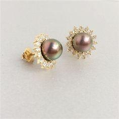 Bông tai Ngọc trai nước ngọt peacock. Freshwater pearls earrings. Trang sức vàng. AME Jewellery