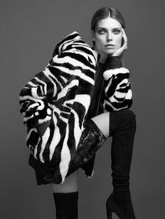 Adv campaign Fall Winter 2017/2018 #adv #campaign #fallwinter1718 #fashion #fur #newcollection #classy #luxury #braschifur