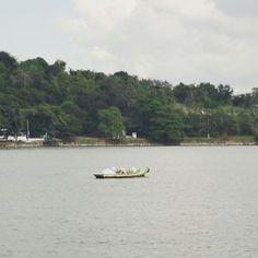 Pesca na Baía de Guanabara. #baiadeguanabara #labhidroufrj #ufrj #riodejaneiro #errejota #agua #analisedeagua #eusoubg #rio2016 #olympics #riolympics #barco #pesca