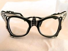 """Rare novelty frame """"bumble-bee"""" style limited edition-- new & never sold Funky Glasses, Cat Eye Glasses, Glasses Frames, Turbans, Vintage Accessories, Fashion Accessories, Four Eyes, Vintage Frames, Eyeglasses"""