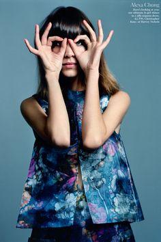 """London Pride"", Alexa Chung photographed by Alasdair McLellan in British Vogue June 2012 Fashion Story, Love Fashion, Fashion Beauty, High Fashion, Fashion Idol, Fashion Art, Fashion News, Fashion Models, Vogue Fashion Editor"