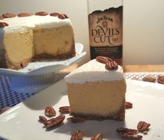 Pressure Cooker Bourbon Pumpkin Pie Cheesecake (Pake) is rich and full of Autumn/Fall spices. Perfect for holidays and special occasions