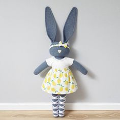 Bunny doll - www.navyplum.com