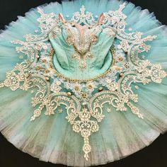 #バレエ衣装#エスメラルダ#Chutti#グランパクラシック#海賊#パキータ#ライモンダシルビア#バレエ衣装専門店Chutti#チュッティ#オーダー衣装