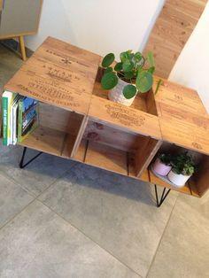 Wooden Wine Crates, Diy Furniture, Repurposed, Entryway Tables, Diy Home Decor, Sweet Home, House Design, Interior Design, Studio