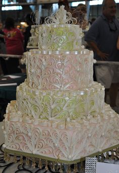 cake art Love the Colors Wedding Cake wedding cake Wedding Cake Toppers - Vintage-inspired silhouette wedding cake topper Beautiful Wedding Cakes, Gorgeous Cakes, Pretty Cakes, Cute Cakes, Amazing Cakes, Crazy Cakes, Fancy Cakes, Unique Cakes, Creative Cakes