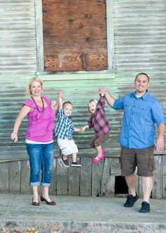 Happy Family Home Happy Family, Home And Family, Make Art, More Fun, Photoshoot, Couple Photos, Pink, Blue, Photo Shoot
