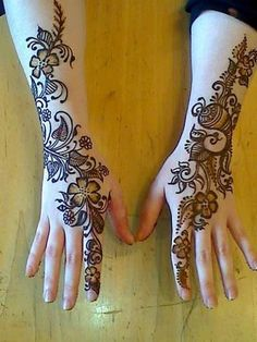 Mehndi is derived from the Sanskrit word mendhika. Mehndi Designs are also called as henna designs and henna tattoos.In Indian marriages there are so many things which are very important, in all mehndi also playing a great role in marriages. Pakistani Mehndi Designs, Dulhan Mehndi Designs, Mehandi Designs, New Mehndi Designs 2018, Mehandi Design For Hand, Stylish Mehndi Designs, Mehndi Design Images, Beautiful Mehndi Design, Arabic Mehndi Designs