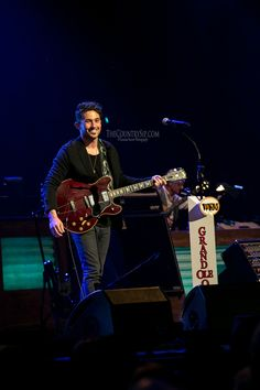 Michael Ray // Grand Ole Opry Debut // TheCountrySip.com // ©Vanessa Storm Photography