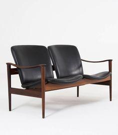 Fredrik A. Kayser; #711 Rosewood and Leather Sofa for Vatne Lenestolfabrikk, 1960s.