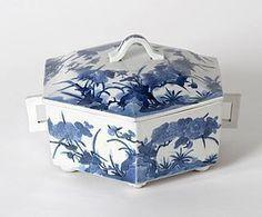 Rare Japanese Blue & White Arita Porcelain Box, 17th C.