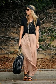 Pink maxi skirt boho outfit with wedges